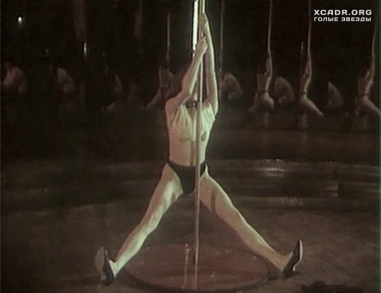 luchshie-sayti-golih-znamenitostey-video-striptiz