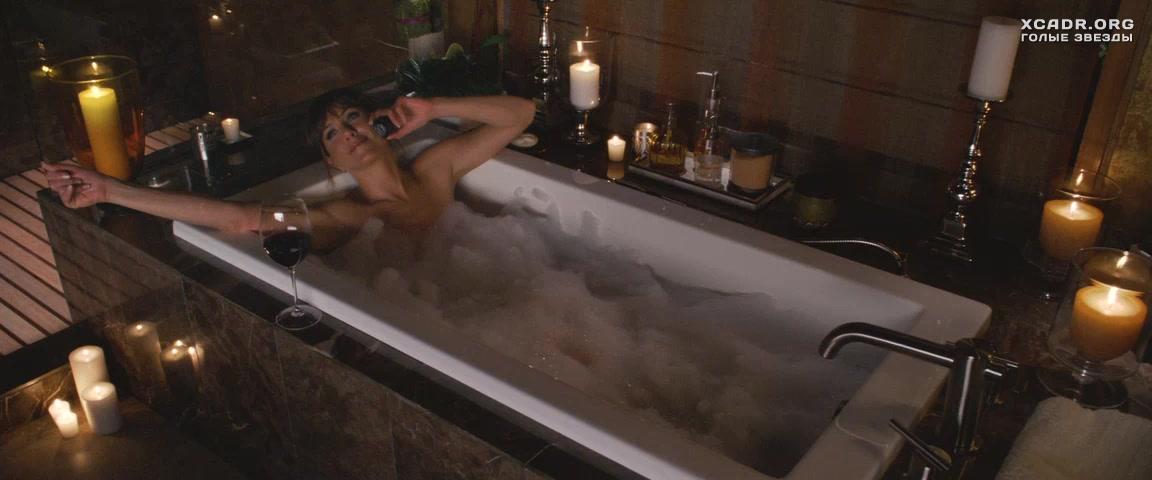 Дженнифер Энистон Ублажает Себя В Ванной – Несносные Боссы (2011)