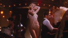 Танец неотразимой Кристины Агилеры