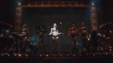 Танец сексуальной Джулианны Хаф