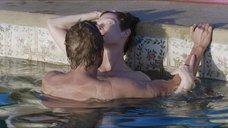 10. Секс с Тильдой Суинтон в бассейне – Большой всплеск