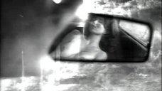 4. Голая грудь Джеки Брюн и Шоны Райан – Обнаженные души