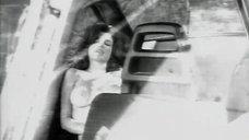 2. Большая грудь Джеки Брюн – Обнаженные души