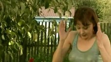 Мокрая грудь Дарьи Поверенновой