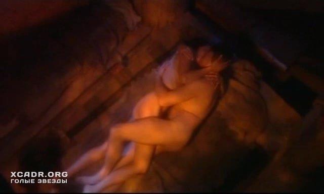 darya-poverennova-eroticheskie-stseni