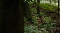 12. Секс Марго Робби с фашистом в лесу – Французская сюита
