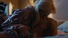 5. Поцелуй с Полиной Максимовой – Завтрак у папы