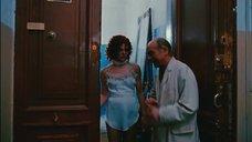 2. Голая Александра Захарова в фартуке – Мастер и Маргарита (Россия)