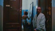 9. Голая Александра Захарова в фартуке – Мастер и Маргарита (Россия)