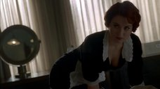 1. Сексуальная горничная Александра Брекенридж – Американская история ужасов
