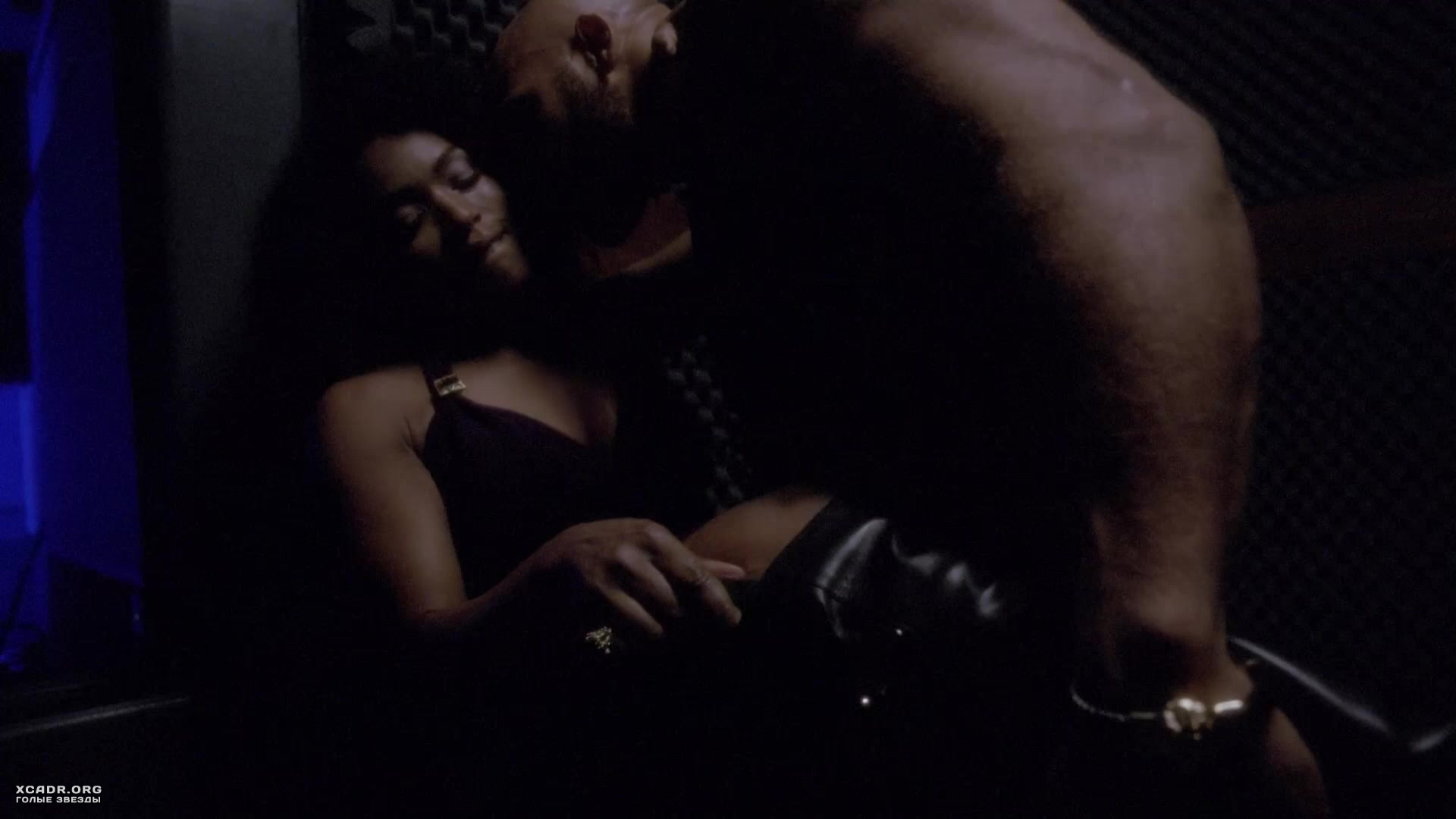 Free Preview Of Angela Bassett Naked In American Horror Story