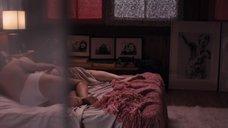 7. Лесбийская сцена с Линн Коллинс и Кейт Уолш – Герб ангелов