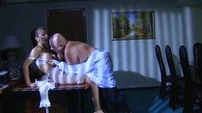 5. Интимная сцена с Татьяной Борисовой – Стервы, или Странности любви