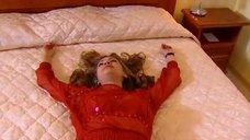 3. Татьяна Борисова в красном лифчике – Стервы, или Странности любви