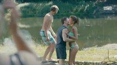 1. Ирина Старшенбаум в купальнике – Ольга
