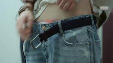 3. Мария Поезжаева снимает штаны – Кризис нежного возраста