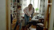 Сексуальная Александра Ребенок в рубашке