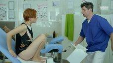 6. Ксения Суркова на осмотре у гинеколога – Кризис нежного возраста