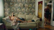 9. Постельная сцена с Екатериной Захаровой – Кризис нежного возраста