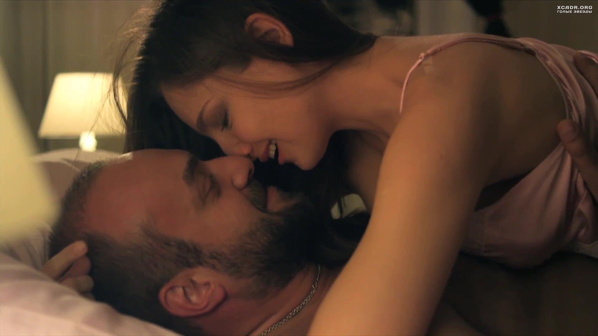 откровенная сцена секса из фильма новобранцам приезду