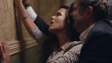 Интимная сцена с Любовью Аксеновой в туалете