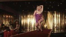 2. Анна Терехова топлесс танцует стриптиз – Все то, о чем мы так долго мечтали
