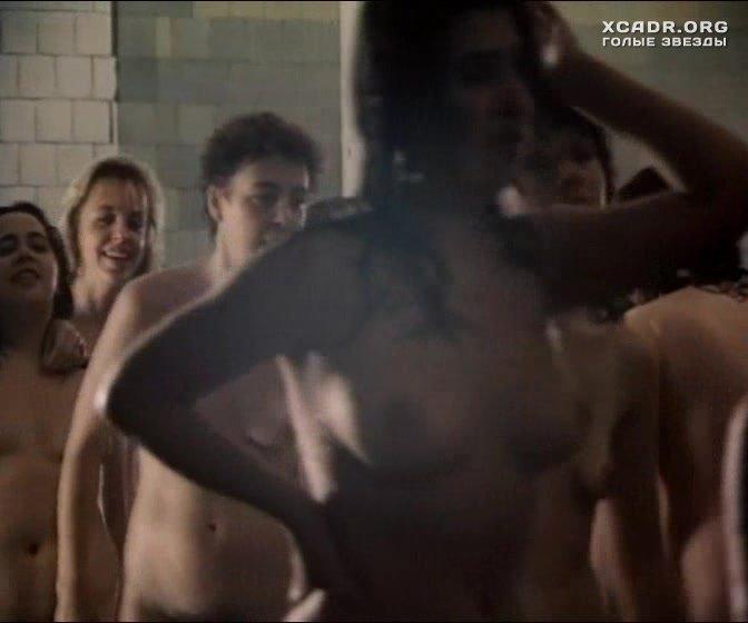 Фото в бане жена дрочит другу семьи так, это