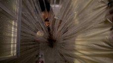 2. Шанола Хэмптон принимает душ – Бесстыжие