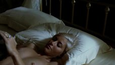 1. Секс сцена с Авалон Барри – Сафо
