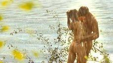Секс сцена с Еленой Николаевой под дождем