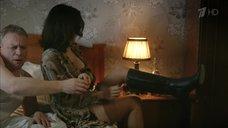 15. Екатерина Климова в нижнем белье – Шакал
