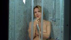 5. Мария Сурова топлесс под душем – Последняя ночь
