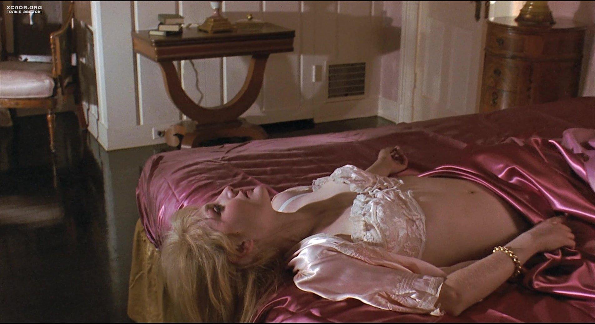 Jenny Wright Breasts Scene In The Lawnmower Man
