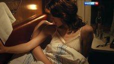 7. Постельная сцена с Ольгой Дыховичной в плацкарте – Деньги