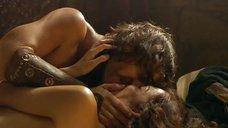 8. Интимная сцена с Ларой Коррочано – Римская Испания, легенда