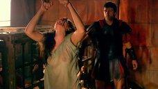 6. Мокрую Ану де Армас хлестают по спине – Римская Испания, легенда