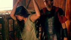 9. Мокрую Ану де Армас хлестают по спине – Римская Испания, легенда