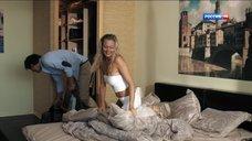 12. Сексуальная Анастасия Дубровина – Поздние цветы