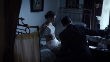 8. Эротичная Катерина Шпица в белом белье – Молодая гвардия