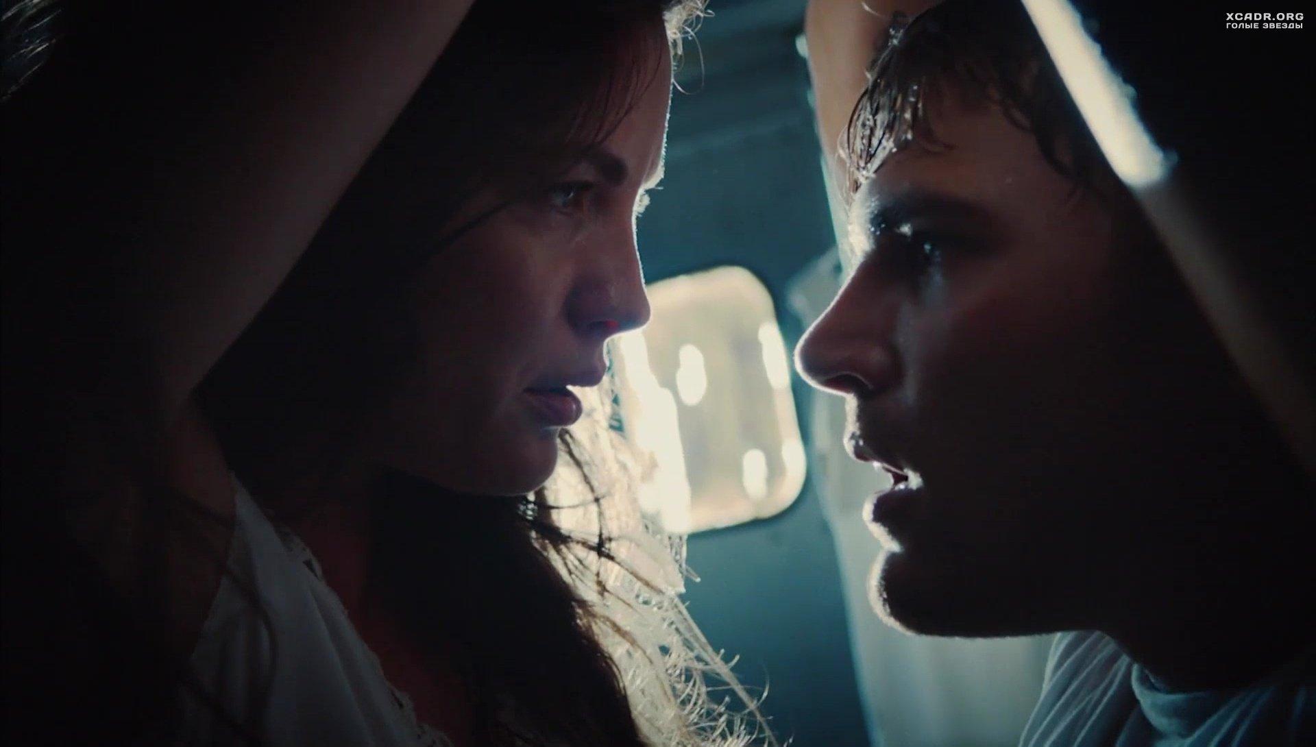 Интимная Сцена С Лив Тайлер – Оставленные (2014)