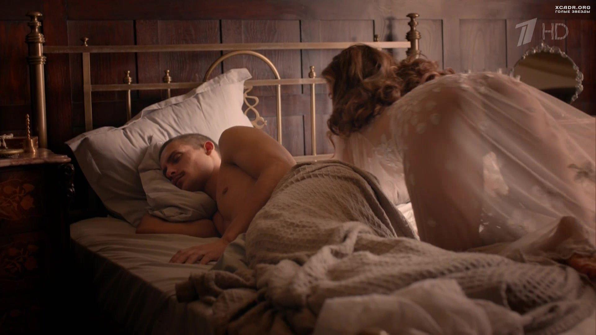 Лесби художественные фильмы с откровенными моментами эротика