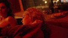 10. Лесбийская сцена с Юлией Хлыниной и Ольгой Виниченко – Закон каменных джунглей