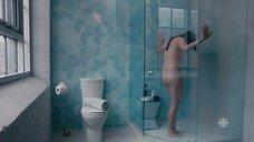 4. Обнаженная Катрин Рейтман принимает душ – Workin' Moms