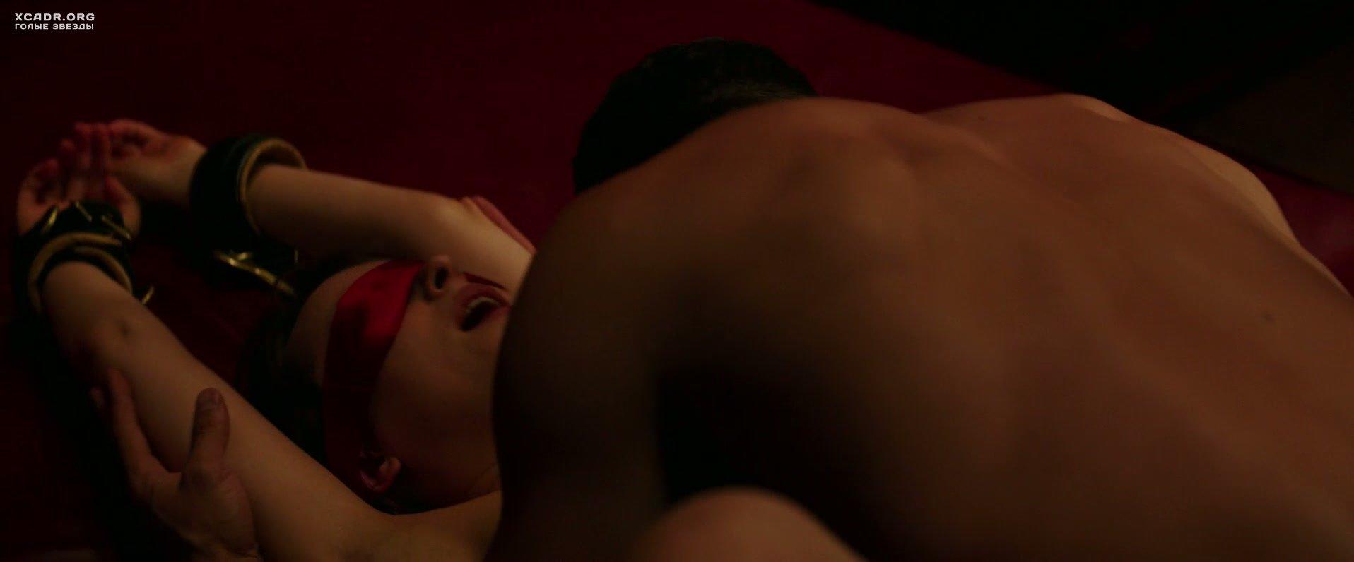 Секс в темной закрытой комнате фильм