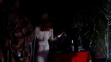 Амалия Мордвинова в откровенном наряде