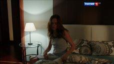 Марина Петренко в ночнушке