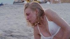 Марина Васильевана пляже в белье