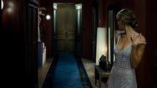 2. Сексуальная Анна Казючиц в вязаном платье – Юленька