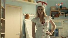 1. Сексуальная медсестра – Универ. Новая общага