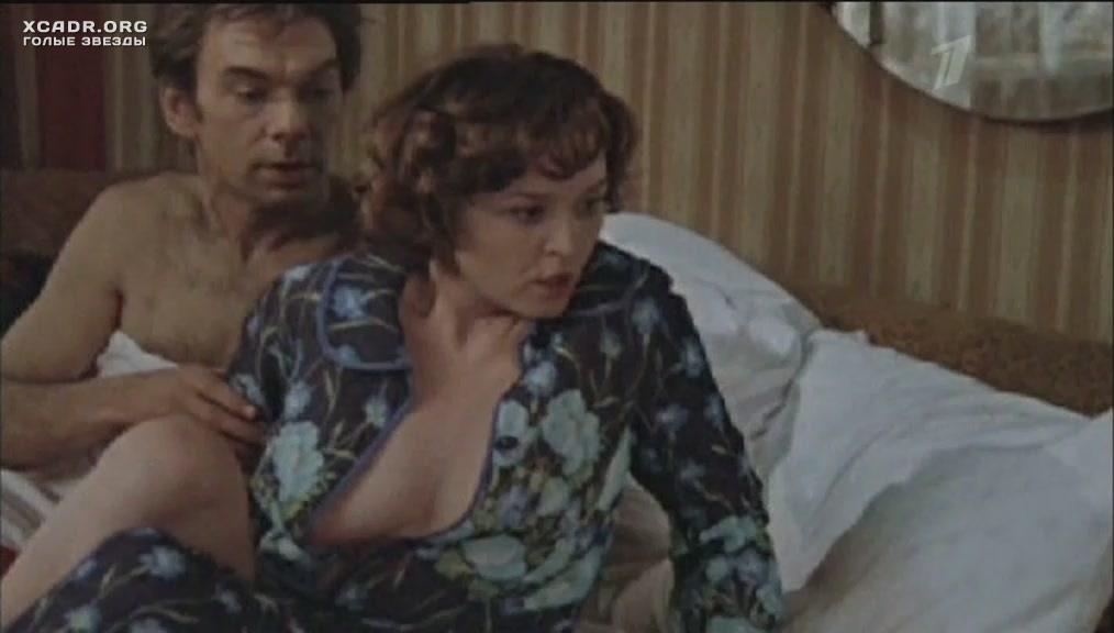 Показать все отрывки с фильмов где снималась голая алентова, русское порно видео смотреть пригласил зайти домой